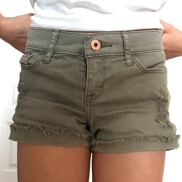 abercrombie kids Other - (Army green shorts) (size 9/10 kids)